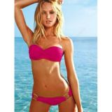Pink bikini swimsuit with metallic stakani.