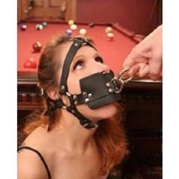 Кожаный кляп для рта с кольцом