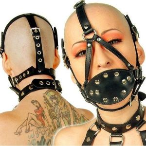 Black soft muzzle decorated with lots of straps. Артикул: IXI13671