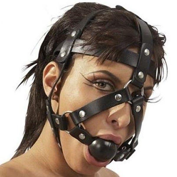 BDSM (БДСМ) - Черный намордник с кляпом и заклепками