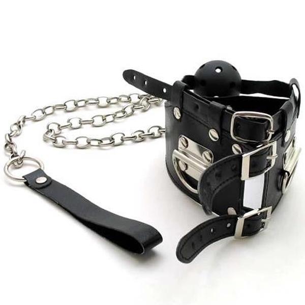 Black leather gag with chain. Артикул: IXI13776