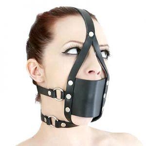 Black leather muzzle gag with a rectangular. Артикул: IXI13800