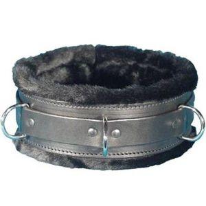 Black collar with fur lining. Артикул: IXI13884