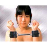 Черные кожаные наручники из натуральной кожи по оптовой цене