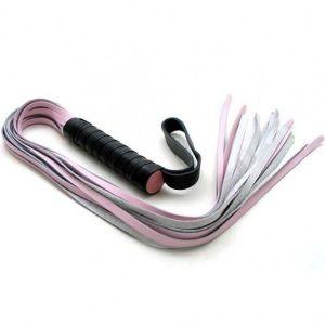 Pink leather whip. Артикул: IXI14282