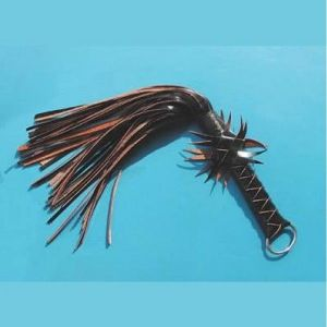 Black whip with a beautiful binding. Артикул: IXI14320