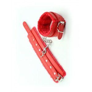 Сексуальные краные наручники