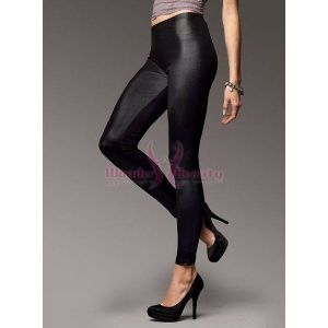 Vinyl leggings black