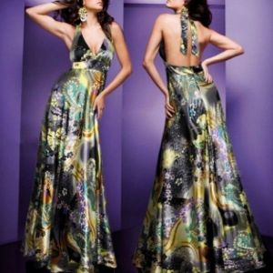 Evening dress with unique print. Артикул: IXI16391