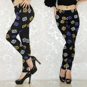 Leggings with a geometric print