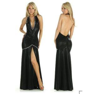 Соблазнительное винилое платье