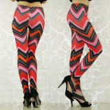 Bright leggings with an elastic material.