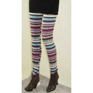 Stylish leggings with a Christmas print