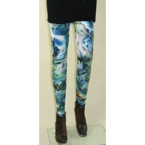 Unique leggings with a print of the avatar