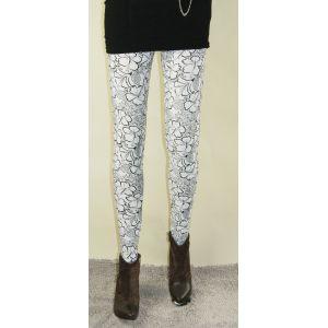 White leggings with flower pattern