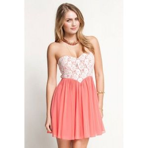Luxurious mini dress with lace pink