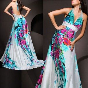 Colorful dress with open back. Артикул: IXI23799