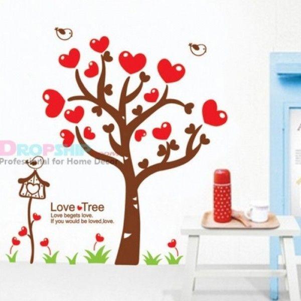 Виниловая наклейка - Дерево с красными сердечками
