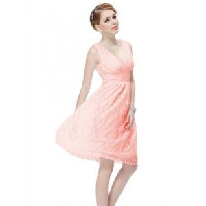 Lace dress with V-neck pink