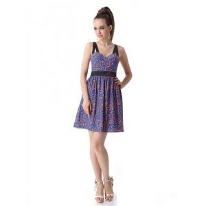 Charming dress with a stylish print