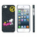 РАСПРОДАЖА! Cartoon Snoopy PC Plastic Matte Protective Case for iPhone 5 (Black) по оптовой цене