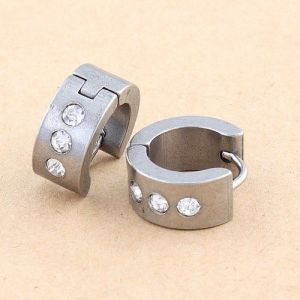 Steel earrings with rhinestones