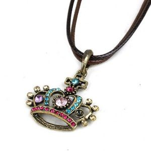Necklace with crown with rhinestones