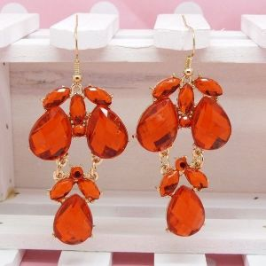 Charming earrings with stones