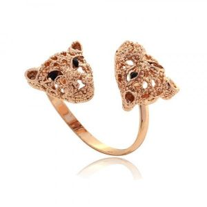 Ring with leopard and rhinestones