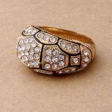 РАСПРОДАЖА! Красивое золотистое кольцо со стразами по оптовой цене