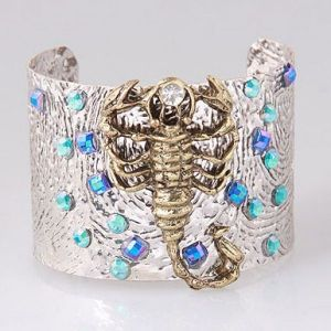 Outdoor shimmering bracelet with a Scorpion