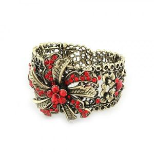 Retro bracelet with rhinestones and flowers