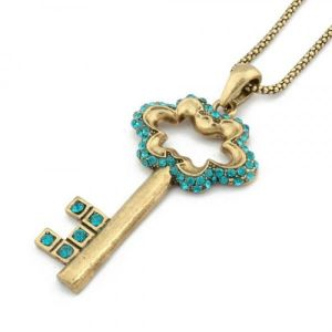 An elegant necklace in the shape of a key