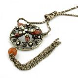 Retro necklace with rhinestones and flowers