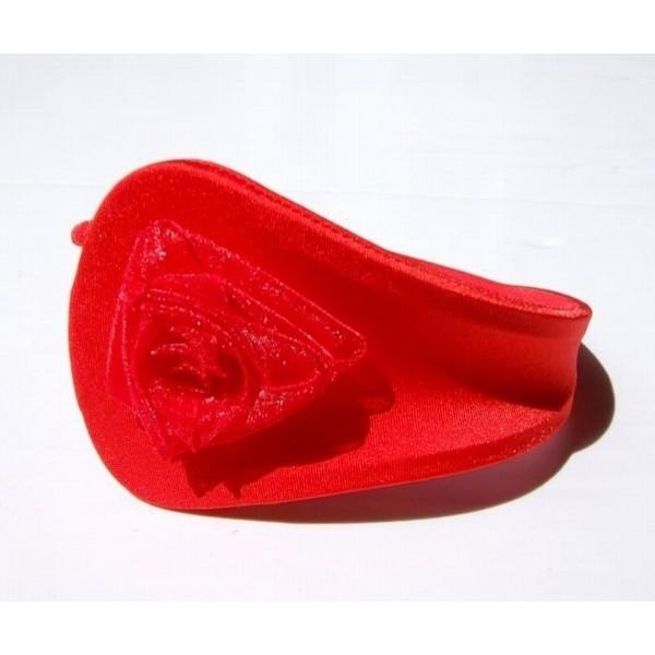 Купить онлайн C-string с красным цветком фото цена акция распродажа
