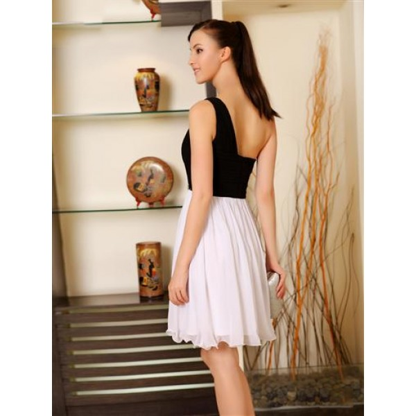 Charming dress one shoulder. Артикул: IXI33522