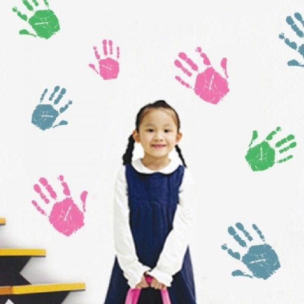 Виниловая наклейка - Цветные отпечатки рук