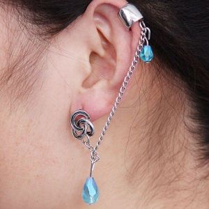 Stylish earrings with blue stones