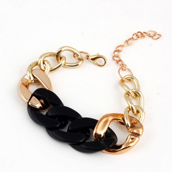Golden bracelet with colorful woven. Артикул: IXI35131