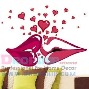 РАСПРОДАЖА! Виниловая наклейка - Поцелуй с сердечками - Интерьер, декор