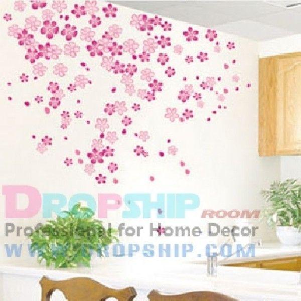 Виниловая наклейка - Розовые лепестки на стену