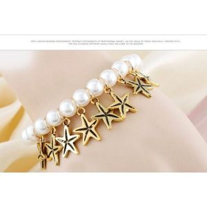 Bracelet with pearl beads