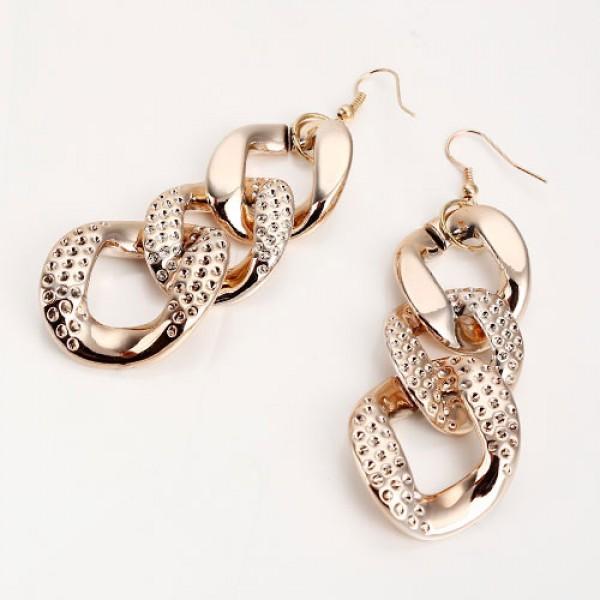 Womens stylish earrings. Артикул: IXI39908