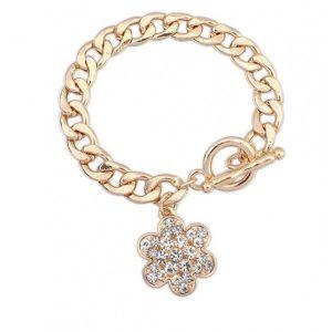 Gold bracelet charm