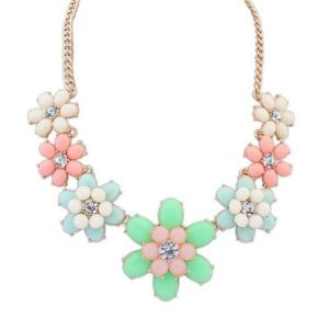 Necklace with multi-colored flowers