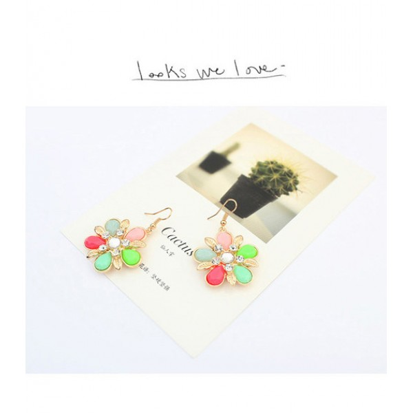 Bright earrings with petals. Артикул: IXI40033