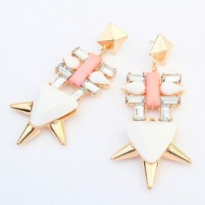 Earrings with geometric rivets