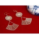 Earrings - Golden fan