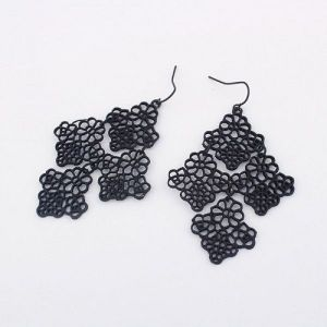 Earrings diamond shape