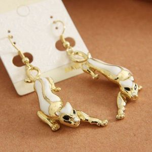 Earrings in the form of a crouching leopard
